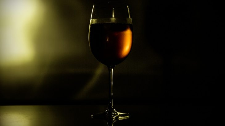 【アペリティフの日】ワインと料理で至福の時間を過ごす、「Aperitif Day in the Twilight」